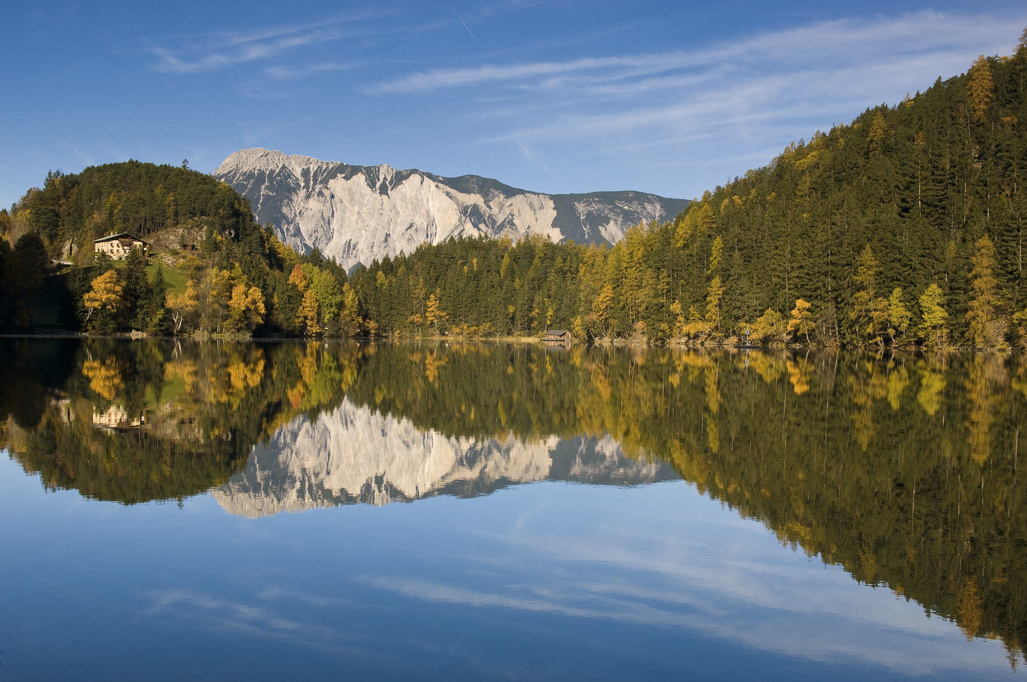 oetztal-piburgersee-herbst--oetztal-tourismus
