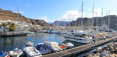 Żeglujemy po Wyspach Kanaryjskich – w których portach warto zacumować?