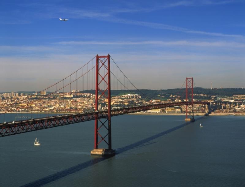 Lizbona, Most 25-ego Kwietnia, fot. Antonio Sacchetti